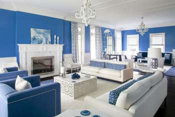 Оформление гостиной в синем цвете